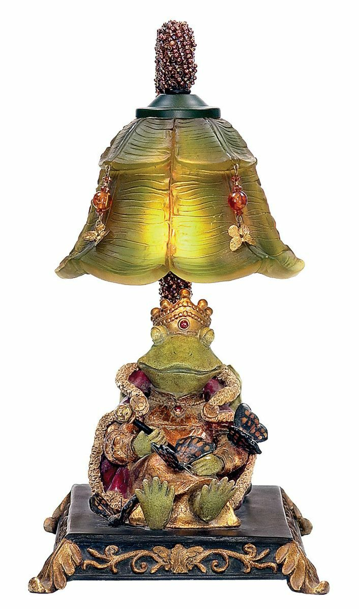 Whimsical Resting Queen Frog With Cape Amp Skepter Fairy Table Lamp Light Ebay