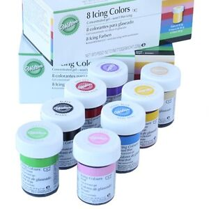 Wilton-Icing-Colors-Set-8-x-28g-Gelfarben-Lebensmittelfarbe-Paste-fuer-Fondant
