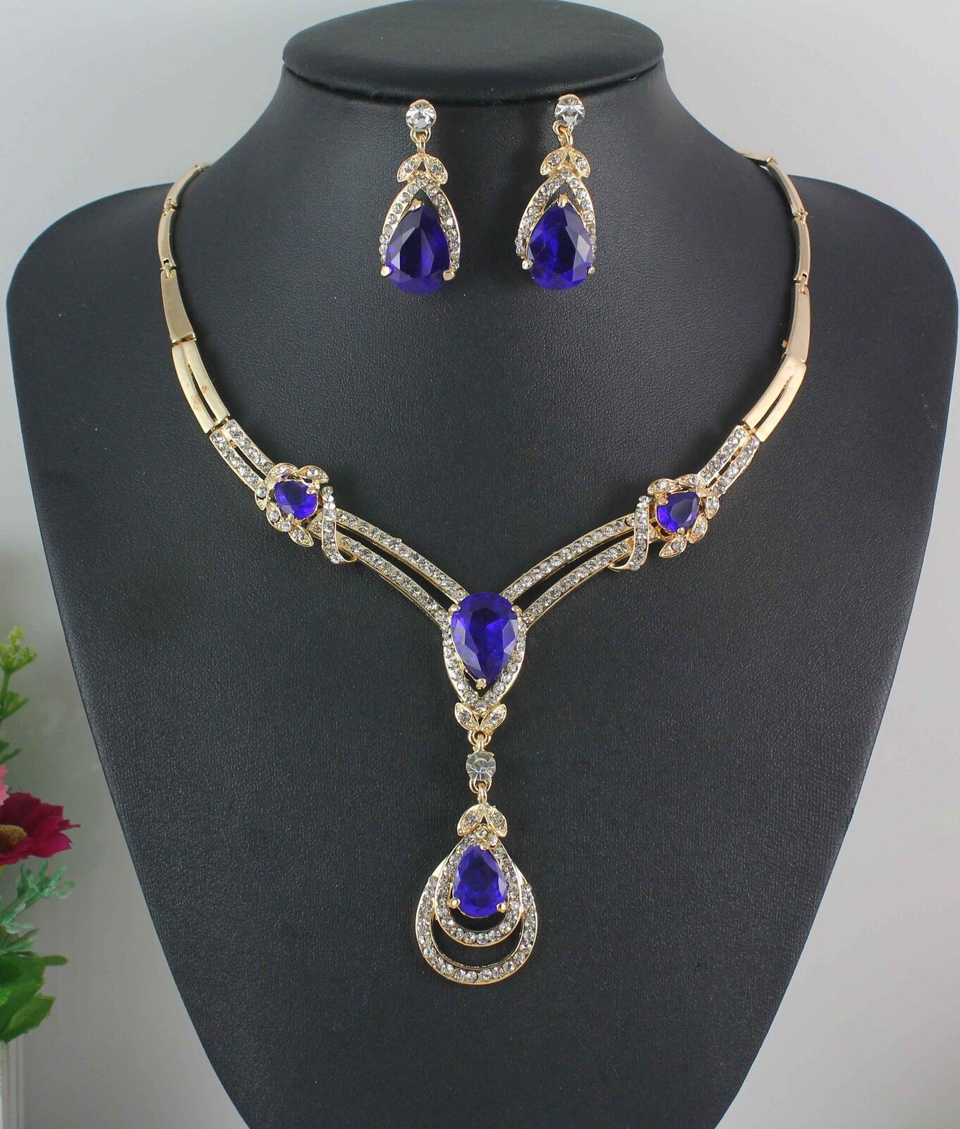yellow white gold plated blue sapphire topaz necklace