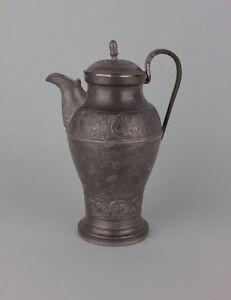 Zinn-Kanne-mit-Weintrauben-Dekor-deutsch-um-1800-Empire