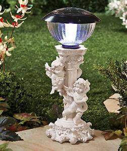 Solar cherub light
