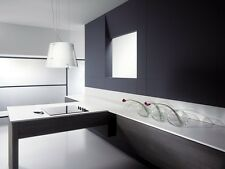 Moderne dunstabzugshaube als blickfang in der küche