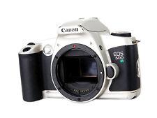 Analoge Spiegelreflexkameras mit Dioptrienausgleich und Autofokus