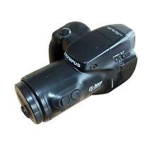 Analoge Olympus Kameras mit eingebautem Blitz und Autofokus
