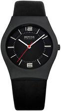 Unisex Armbanduhren aus Titan mit 12-Stunden-Zifferblatt und mattem Finish