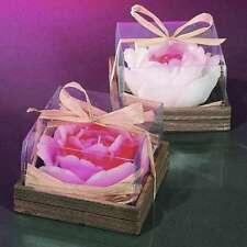 Deko-Kerzen & -Teelichter mit Rosen-Aroma fürs Wohnzimmer