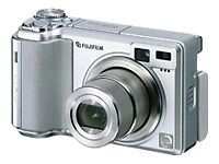 FinePix E550