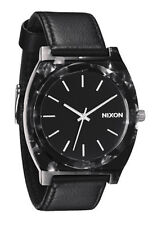Nixon Quartz (Battery) Adult Plastic Case Wristwatches
