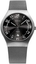 Elegante quadratische Armbanduhren aus Edelstahl mit Datumsanzeige