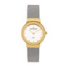 Polierte Armbanduhren aus Edelstahl für Erwachsene und Damen