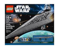 LEGO Raumschiffe als Darth Vader Karton