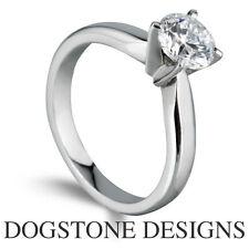 18 Carat White Gold Round SI2 Fine Diamond Rings