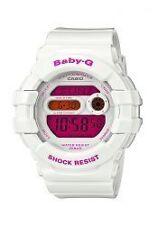 Weiße Casio Armbanduhren mit Mineralglas