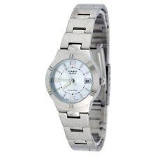 Ovale Casio Armbanduhren für Damen