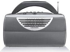 Netzbetriebene tragbare Radios mit MW/UKW Grundig