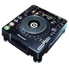 Platines CD et MP3 pour équipement audio et vidéo professionnel