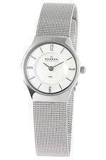 Armbanduhren aus Edelstahl mit 12-Stunden-Zifferblatt und Uhr