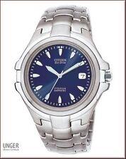 Citizen Armbanduhren mit Titan-Armband und 100 m Wasserbeständigkeit (10 ATM)