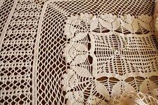 Sur nappe ancienne au crochet 185 x 125 cm centre de table