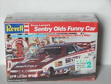 Revell 1989 NHRA Champ Bruce Larson Sentry Olds Funny Car Dragster Model Kit
