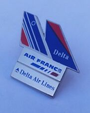 RARE PIN BADGE - AIR FRANCE / DELTA AIRLINES SKYTEAM ALLIANCE