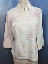 Kathy Che Embroidered 3/4 Sleeve Fitted Career  Button Shirt Top Blouse Small