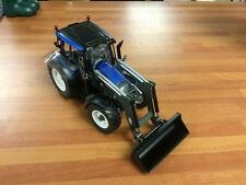 Valtra N113 HT3 With Loader Wiking Scale 1/32 Model Tractor