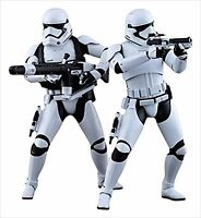 Hot Toys Star Wars The Force Awakens First Order Stormtroopers 1/6 Figure 2 Set