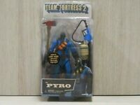 The Pyro Team Fortress 2 figure blue ver. NECA 2013 27 inch VALVE NECA action