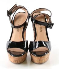 Pour La Victoire Black Patent Leather Open Toe Sandals Womens Sz US 6M MSRP $268