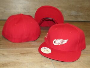 Detroit Red Wings Vintage Crest Stall & Dean Fitted Hat Cap Men's Size 7 5/8
