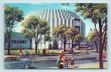 Dearborn, MI - FORD ROTUNDA MOTOR CO ILLUSTRATION - OLD CARS & FAMILIES PC K2