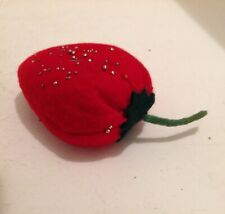 VINTAGE FELT PIN CUSHION IN THE FORM OF A LARGE STRAWBERRY