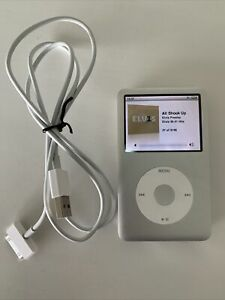 Apple iPod Classic 7th Generation 120GB - Silver MB562 A1238 Plus 3148 Songs!!!!