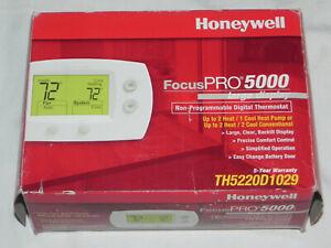 BRAND NEW Honeywell FocusPRO Focus Pro 5000 Digital Thermostat  FREE SHIPPING