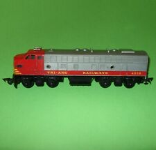 Tri-ang Transcontinental / R.57 Silver & Red Non-Powered Dummy End Car