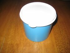 New Tupperware Snack Canister 2 1/2 Cups 20oz Goody Bowl Great Gift Idea Blue
