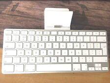 Genuine Apple iPad Keyboard Dock IPAD 1 2 AND 3 A1359 Used Fast & Free