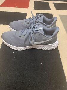 nike revolution 5 men's running shoes size 10.5