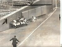 1964 Baseball Wire Photo, Billy Williams, Chicago Cubs Misses Catching a Triple!