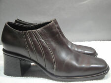 WOMENS 8 M CLARKS BROWN LEATHER FASHION CHUNK HEELS SLIP-ON CLOGS ANKLE BOOTS