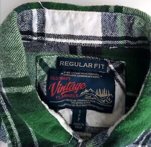 Old Navy Vintage Flannels Shirt Green+White Plaid Small Regular Fit 100% Cotton
