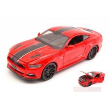 Ford Mustang GT 2015 Red W/ Black Stripes 1 24 Model 31369r Maisto