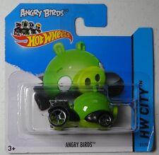 Hot Wheels 2014 #081/250 ANGRY BIRDS minion Green HW CITY Batch C