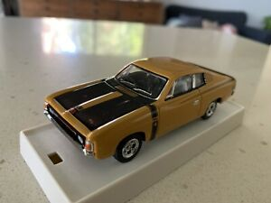 Trax. 1/43 Scale. TR11D.  1971 Valiant VH Charger. Bahama Yellow.