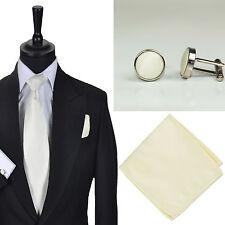 Gebundene Herren-Krawatten & -Fliegen aus Satin