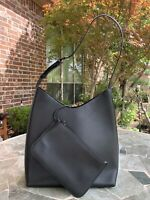 Excellent Authentic Gucci Leather Shoulder Bag Black With Attached Coin Purse