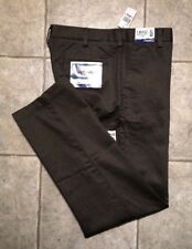 IZOD * Mens Olive Casual Pants * Size 32 x 32 * NEW WITH TAGS