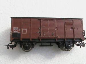 wagon COUVERT HO PIKO 2 ESSIEUX MARRON SNCF TOIT PLAT