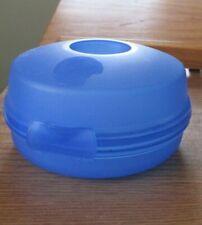 NEW BLUE ROUND TUPPERWARE SANDWICH/SALAD KEEPER-NO SMIDGET